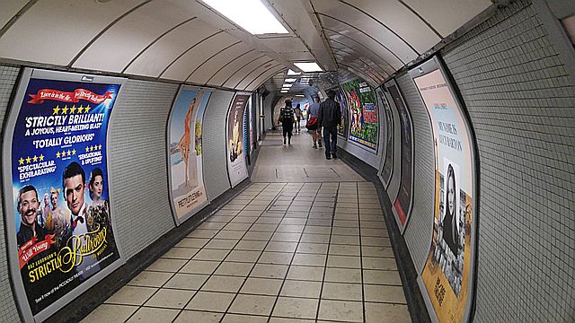 The way to the tube at Highbury is so claustrophobic
